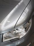 Linterna del coche y rejilla del radiador Fotos de archivo libres de regalías