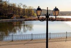 Linterna en el parque del valle de los molinos foto de archivo