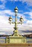 Linterna en el puente de Troitsky en St Petersburg Imagen de archivo libre de regalías