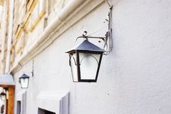 Linterna en la pared Foto de archivo
