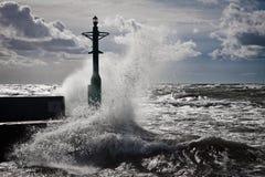 Linterna y tormenta en el mar Báltico Imagen de archivo libre de regalías