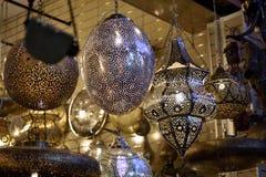 Linternas árabes en el mercado de Marrakesh Foto de archivo libre de regalías