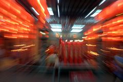 Linternas chinas rojas del fondo abstracto de la falta de definición Fotos de archivo