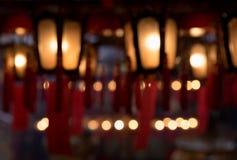 Linternas chinas rojas interiores borrosas abstractas del hombre Mo Temple Hong Kong Imagenes de archivo