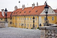 Linternas en el castillo francés Valtice, Moravia, Imagen de archivo