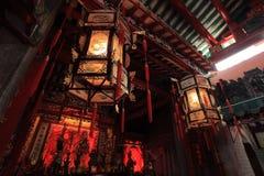 Linternas en el templo Fotografía de archivo libre de regalías