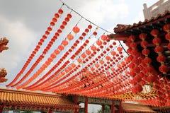 Linternas en el templo chino Imágenes de archivo libres de regalías