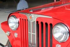 Linternas en un jeep viejo Imagen de archivo libre de regalías