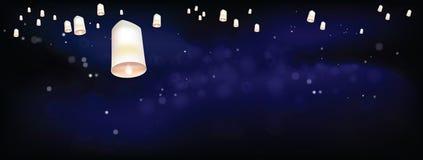 Linternas flotantes blancas en la ceremonia oscura Tailandia de la noche Imagen de archivo libre de regalías