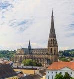 Linz pejzaż miejski z Nową katedrą, Austria Zdjęcia Stock