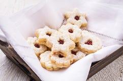 Linzer Augen - biscotti di Natale Fotografia Stock