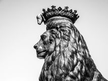 Lion antique de sculpture Photo stock