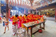 Lion Dance del sud a cerimonia di apertura dell'occhio, pagoda di signora Thien Hau, Vietnam Fotografie Stock Libere da Diritti