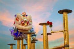 Lion Dance en una celebración china del ` s del Año Nuevo Imagenes de archivo