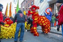 Lion Dance no bairro chinês Boston, Massachusetts, EUA fotos de stock