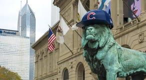 Lion de Chicago avec le chapeau de CUB image stock