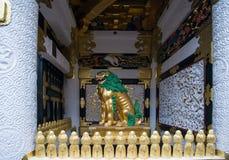 Lion de Chiness dans le tombeau de Toshogu photo stock