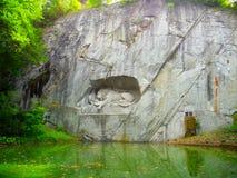 Lion de mort de monument Photographie stock libre de droits
