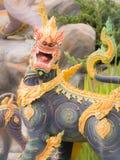 Lion Dressed nero in un angelo dal paradiso di Himmapan in Roy Immagini Stock