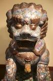 Lion en pierre chinois coloré Images libres de droits