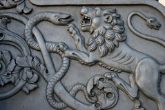 Lion et serpent Le Roi Cannon à Moscou Kremlin Photos libres de droits