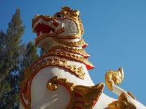 Lion Guardian antico al tempio fotografia stock libera da diritti