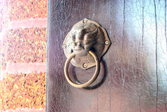 Lion head doorknocker Royalty Free Stock Photos