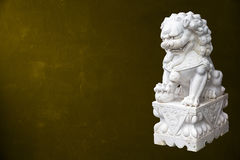 Lion impérial chinois photo stock