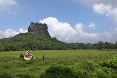Lion Rock på Sigiriya i Sri Lanka royaltyfria foton