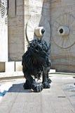 Lion Sculpture och kaskad i Yerevan Armenien royaltyfri fotografi