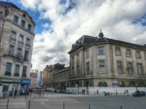 Lion stary miasteczko i stary budynek Lion szpital, Vieux Lion, Francja Obraz Stock
