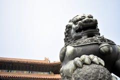 Lion Statue de la ciudad Prohibida, Pekín China foto de archivo