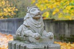 Lion Statue door Charles Marega royalty-vrije stock afbeelding