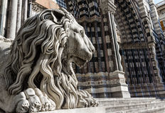 Lion statue of Saint Lorenzo church Royalty Free Stock Photo