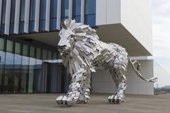 Lion Steel Lizenzfreie Stockfotos