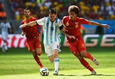 Lionel Messi and Axel Witsel Coupe du monde 2014 Stock Images