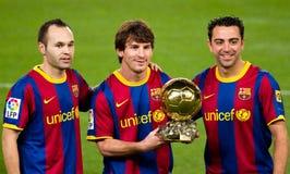 Lionel Messi con il premio dorato della sfera Fotografie Stock Libere da Diritti