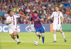 Lionel Messi - FC Barcelona contra Milano fotografía de archivo