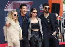 Lionel Richie, Николь Richie, София Richie и мили Richie стоковые изображения rf