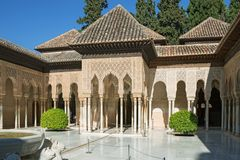 Free Lions Court In Nasrid Moresque Palace Of Alhambra Royalty Free Stock Photography - 166614807