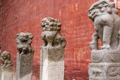 Lions en pierre Images libres de droits
