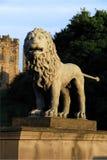 lions för alnwick broslott Arkivfoto