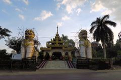 Lions in front of Ngahtatkyi Pagoda Temple, Yangon Stock Photo