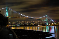 Lions Gate Bridge at Night Royalty Free Stock Photos
