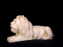 lionskulpturwhite Arkivbild