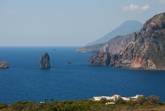 Lipari, salina, islas eólicas, Italia Imágenes de archivo libres de regalías