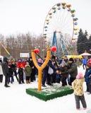 LIPECK, RUSSIA - 18 febbraio 2018: La gente su Maslenitsa Festa pagana russa Fotografie Stock Libere da Diritti