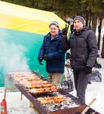 LIPETSK, RUSLAND - Februari 18, 2018: Mensen op Maslenitsa Russische heidense vakantie Royalty-vrije Stock Afbeeldingen