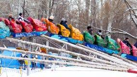 LIPETSK, RUSSLAND - 18. Februar 2018: Leute an einem russischen heidnischen Feiertag Anziehungskraft Maslenitsa Lizenzfreie Stockfotos