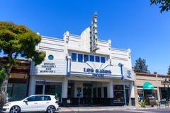 Lipiec 30, 2018 Los Gatos, CA, usa/- Los Gatos Theatre budynek który ostatnio odnawił z utrzymywać art deco fotografia royalty free